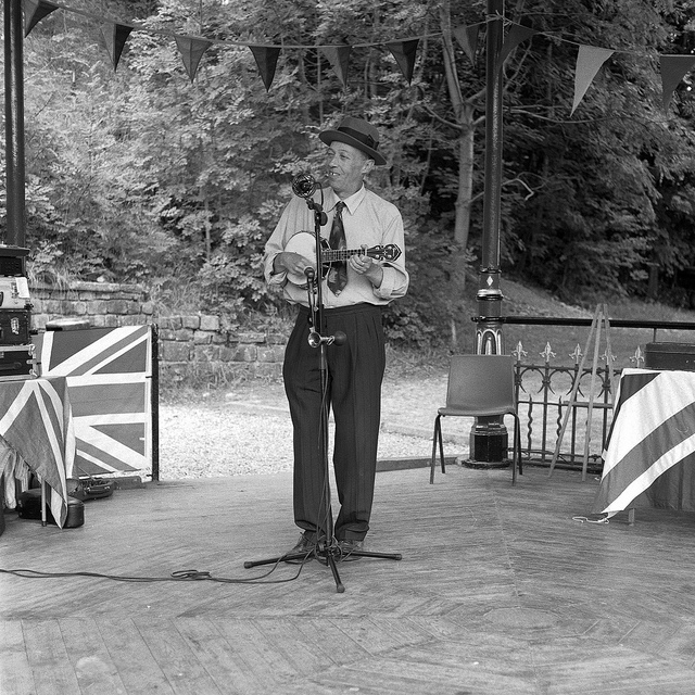 George Formby impersonator Paul Casper at Crich Tramway 1940s weekend - Fine Art Photography
