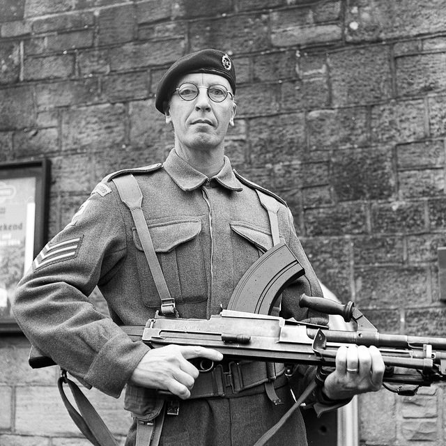 A soldier carrying a Bren gun at the Embsay Bolton 1940s weekend.