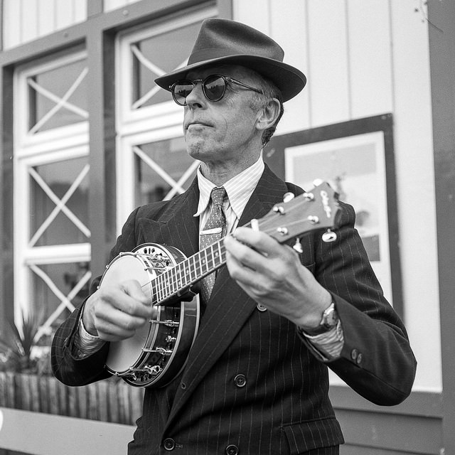 Pete Jones playing Ukulele and singing at the Embsay Bolton 1940s weekend
